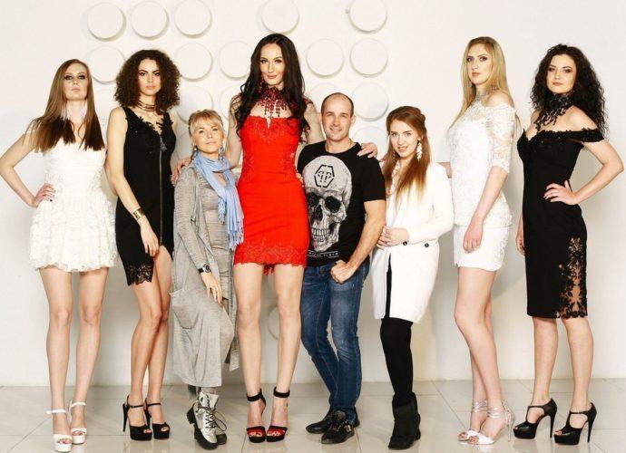 Как одеваться высоким девушкам? Коррекция высокого роста